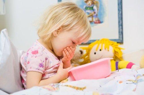 Что можно дать ребенку от рвоты в домашних условиях 2 года